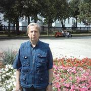Владимир, 54