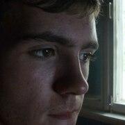 Артем, 24, г.Фролово