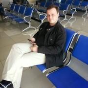 Виталий, 40, г.Магадан