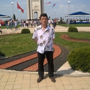 Николай, 48, г.Строитель