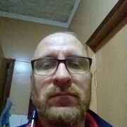 Игорь, 40, г.Докучаевск