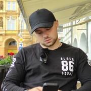 Илья, 20, г.Рига