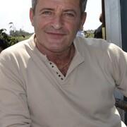 Олег, 67, г.Нетания