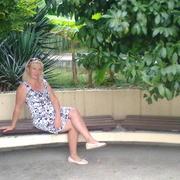 Елена, 47, г.Осинники