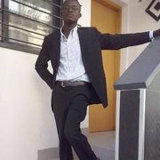 Christian Kofi, 37, г.Галле
