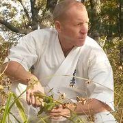 Андрей, 58, г.Ванино