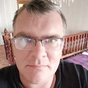 Михаил, 47, г.Брест